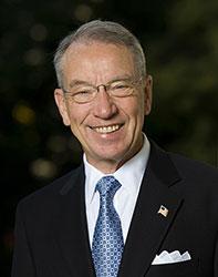 Official portrait of senator Chuck  Grassley