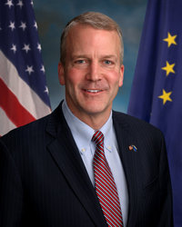 Official portrait of senator Dan  Sullivan