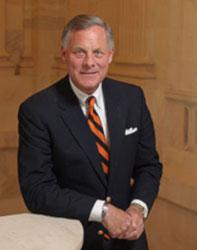 Official portrait of senator Richard  Burr